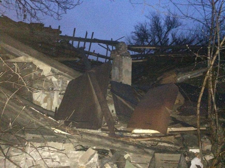 В Донецке взорвался дом - погибли трое человек (ФОТО), фото-2