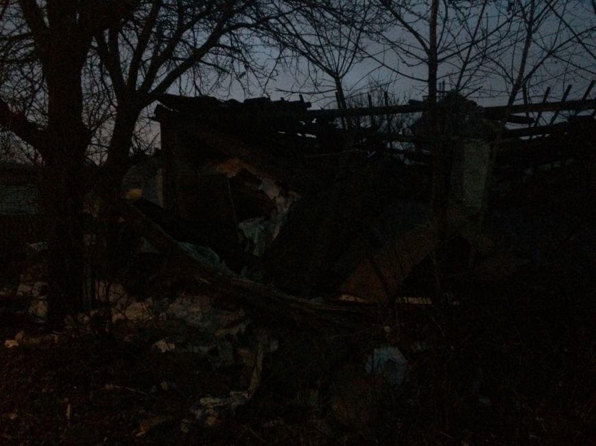 В Донецке взорвался дом - погибли трое человек (ФОТО), фото-3