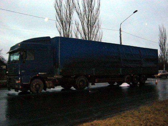 В Краматорске грузовик насмерть сбил пешехода (фото) - фото 1