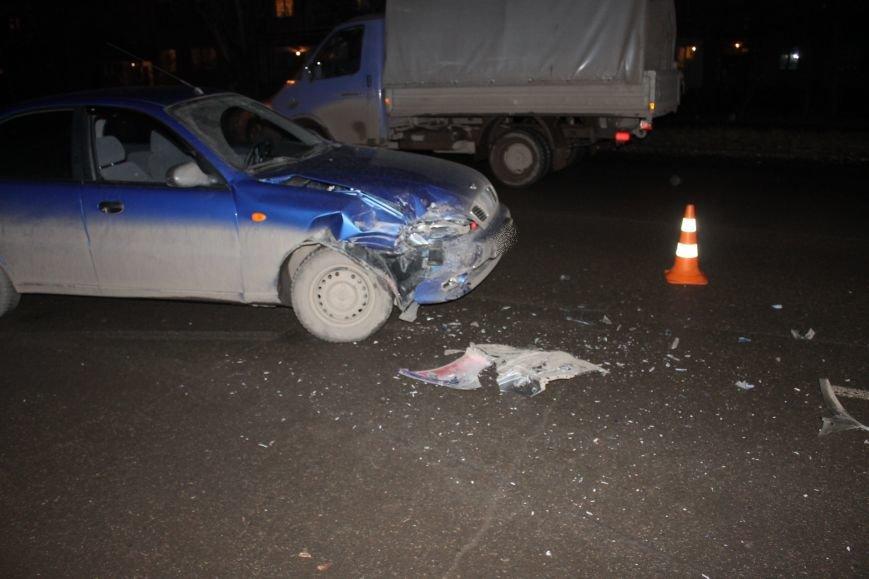 ДТП в Кривом Роге: в темноте «Дэу Ланос»  влетел в припаркованный «Ниссан» через секунду после того, как из машины вышел водитель (ФОТО), фото-10