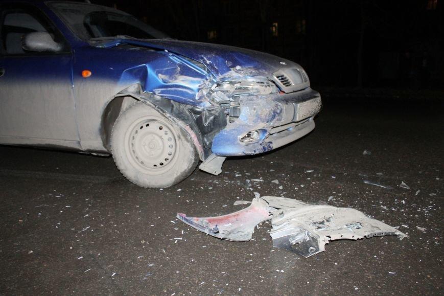 ДТП в Кривом Роге: в темноте «Дэу Ланос»  влетел в припаркованный «Ниссан» через секунду после того, как из машины вышел водитель (ФОТО), фото-7