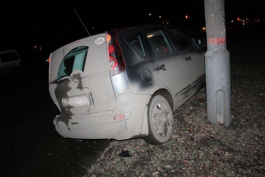 ДТП в Кривом Роге: в темноте «Дэу Ланос»  влетел в припаркованный «Ниссан» через секунду после того, как из машины вышел водитель (ФОТО), фото-9