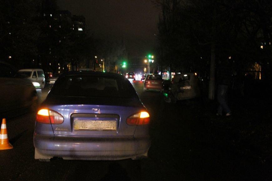 ДТП в Кривом Роге: в темноте «Дэу Ланос»  влетел в припаркованный «Ниссан» через секунду после того, как из машины вышел водитель (ФОТО), фото-5