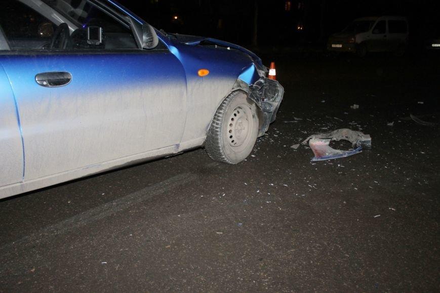 ДТП в Кривом Роге: в темноте «Дэу Ланос»  влетел в припаркованный «Ниссан» через секунду после того, как из машины вышел водитель (ФОТО), фото-6