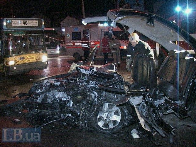 На протасовом Яру лоб в лоб столкнулись Hyundai и Subaru. Двое погибших (ФОТО) (фото) - фото 1