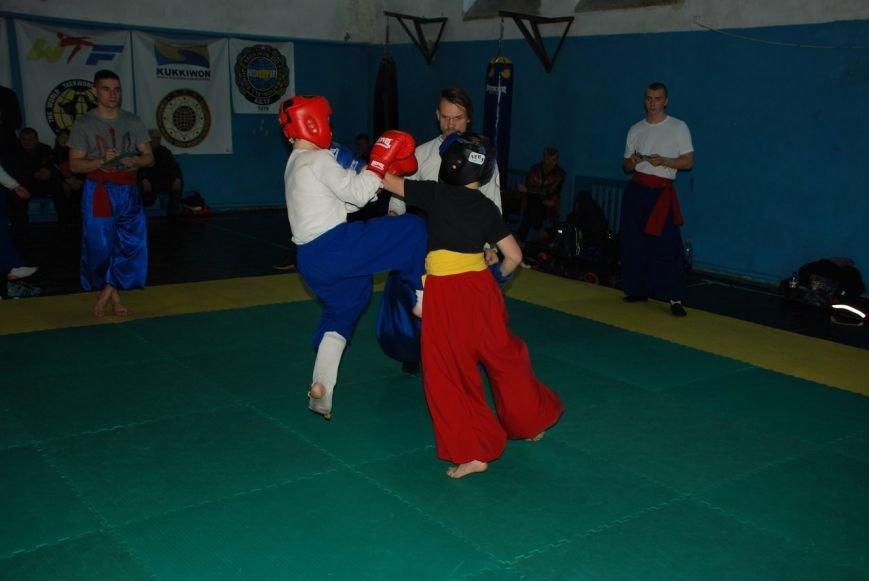 Козацькі бойові змагання проходили в Рівному (фото) - фото 2