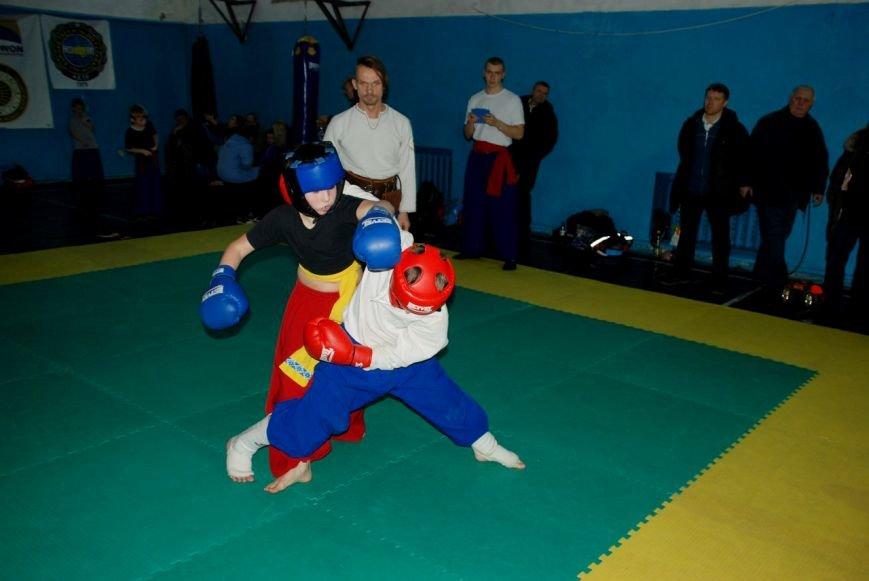 Козацькі бойові змагання проходили в Рівному (фото) - фото 3