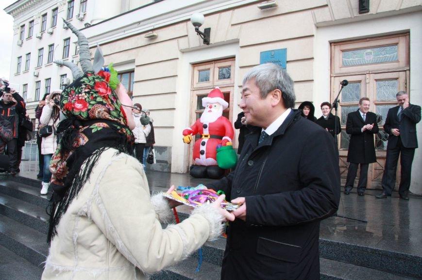 В Запорожье 70 Дедов Морозов поздравят детей-инвалидов с Новым Годом (ФОТО), фото-3