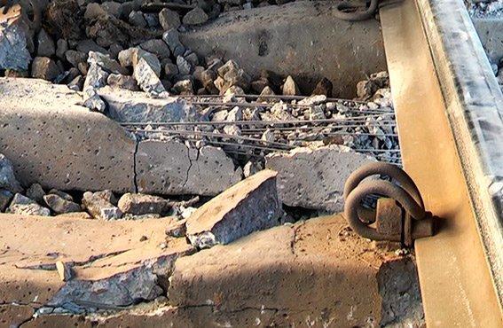 В милиции рассказали подробности взрыва на железной дороге (ФОТО) (фото) - фото 1