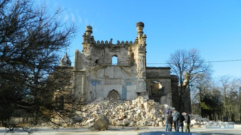 Под Одессой обрушился дворец - легендарный замок Курисов (ФОТО) (фото) - фото 1