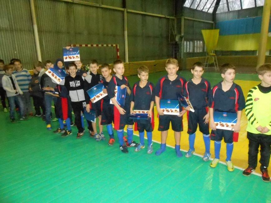 В Родинском состоялся турнир по мини-футболу (ФОТО) (фото) - фото 1