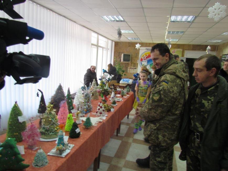 Военные и городской голова поздравили детей-сирот Мариуполя (ФОТО), фото-2