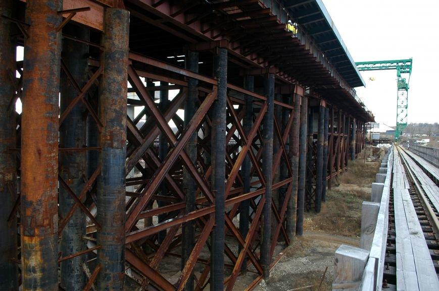 ФОТОРЕПОРТАЖ: Запорожские мосты дотянулись до середины Старого Днепра (ВИДЕО), фото-16