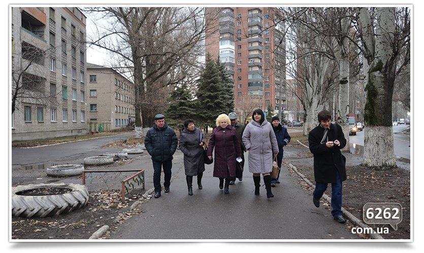 В Славянке комиссия по благоустройству совершила свой первый рейд (фото) - фото 2