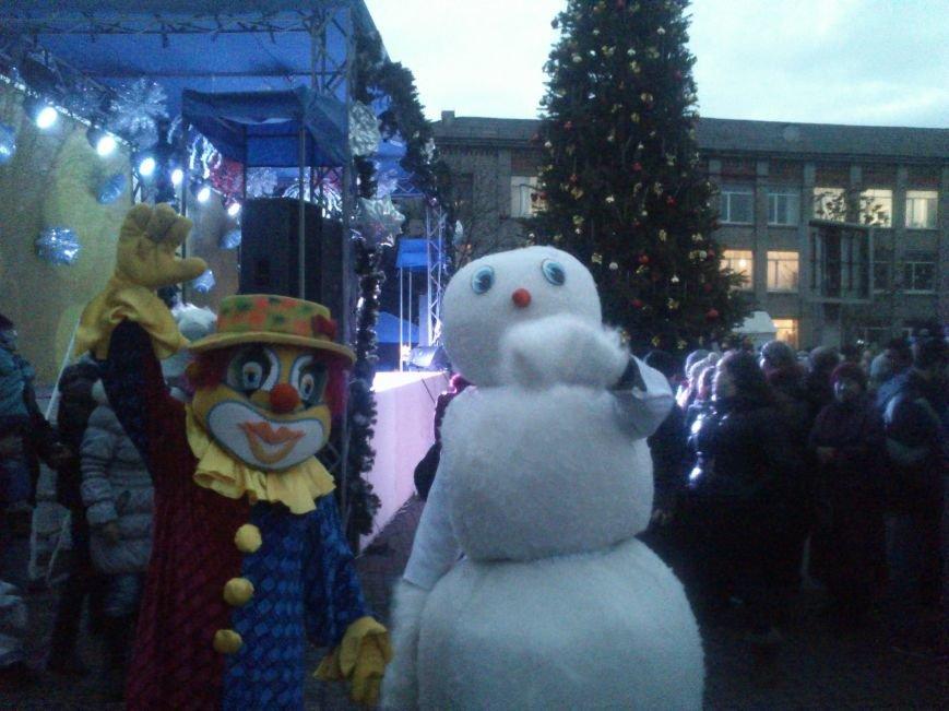 В Днепродзержинске открывают центральную городскую елку, фото-4