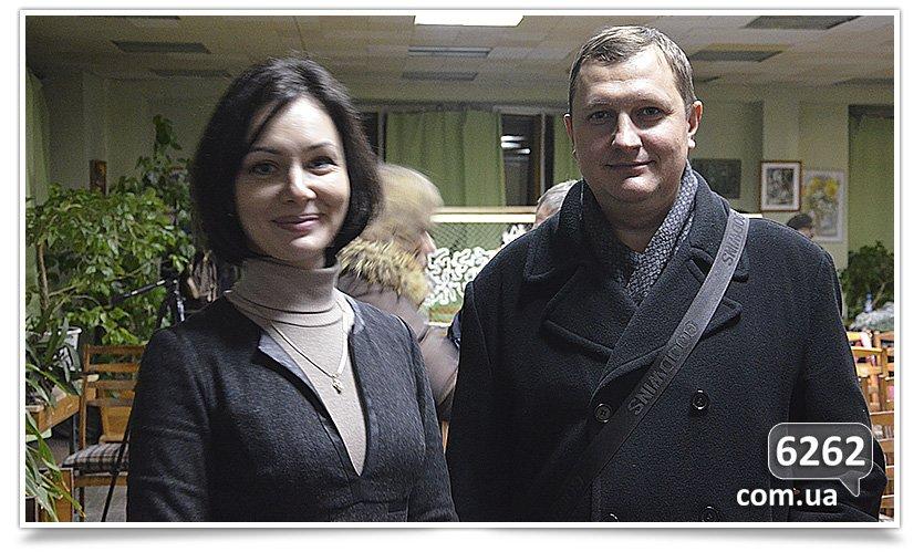 В Славянске пытались провести диалог между сторонниками Украины и России (фото) - фото 3