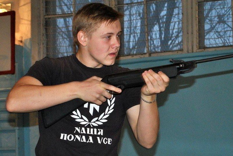 Морские пехотинцы посоревновались с николаевскими школьниками (ФОТО) (фото) - фото 2