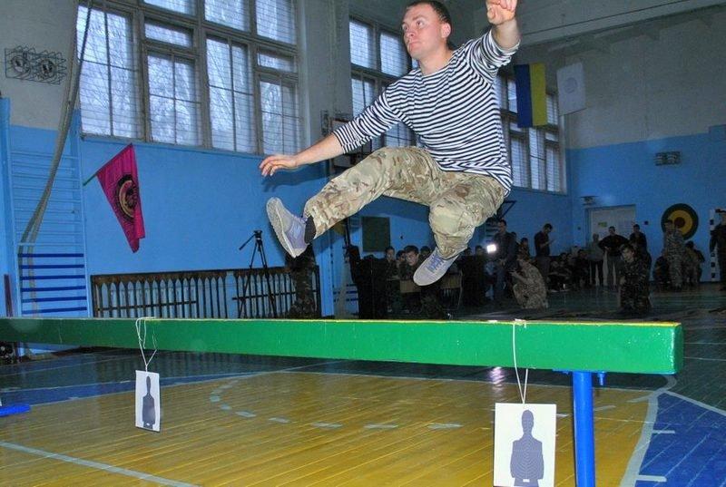 Морские пехотинцы посоревновались с николаевскими школьниками (ФОТО) (фото) - фото 4