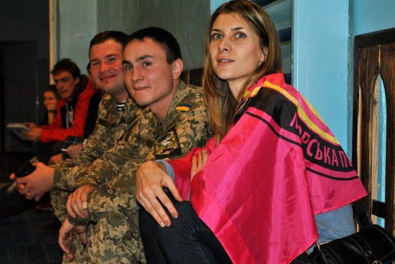 Морские пехотинцы посоревновались с николаевскими школьниками (ФОТО) (фото) - фото 3