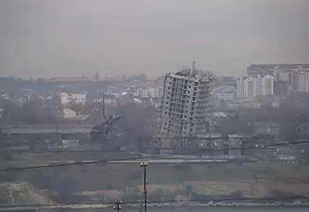 ФОТОФАКТ: Сегодня в Крыму появилась своя «Пизанская башня» (фото) - фото 2