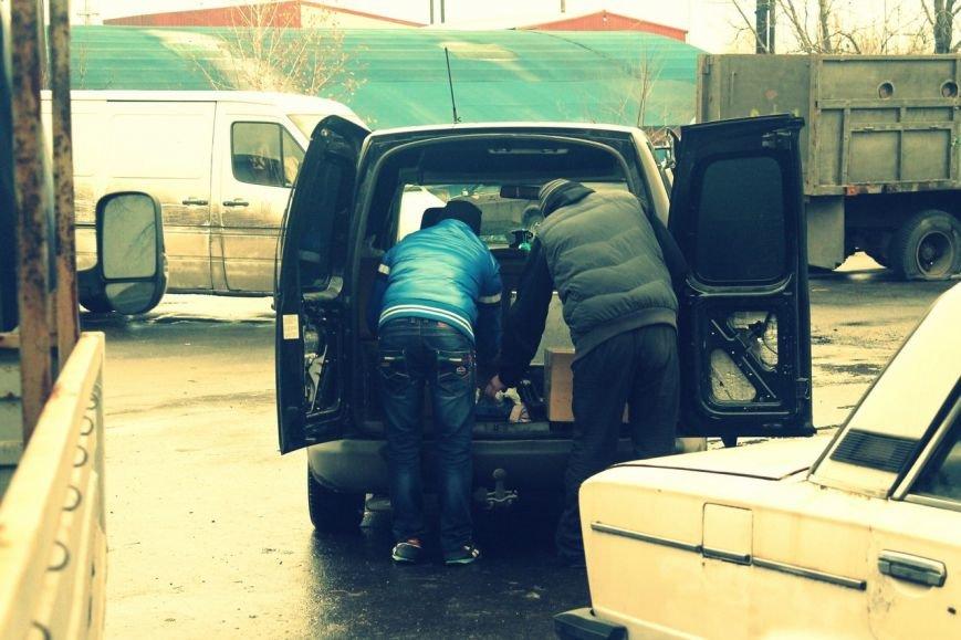 Активисты «Димитровского патриотического руха» привезли бойцам полка «Днепр-1» гуманитарную помощь на сумму 40 тыс. грн. (фото) - фото 25