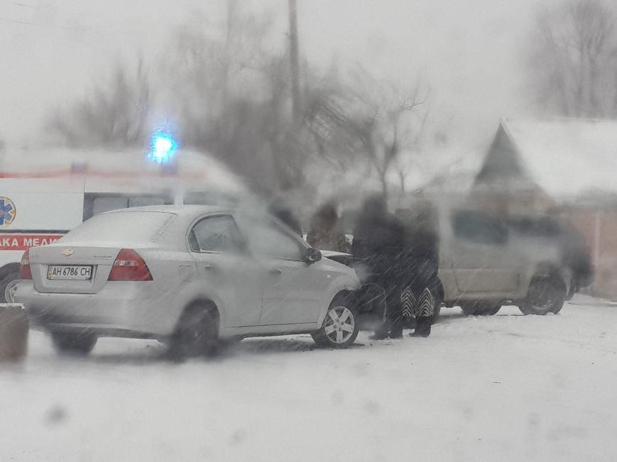 В Мариуполе «Шевроле» разбилось у погранчасти. Есть пострадавший (ФОТО), фото-3