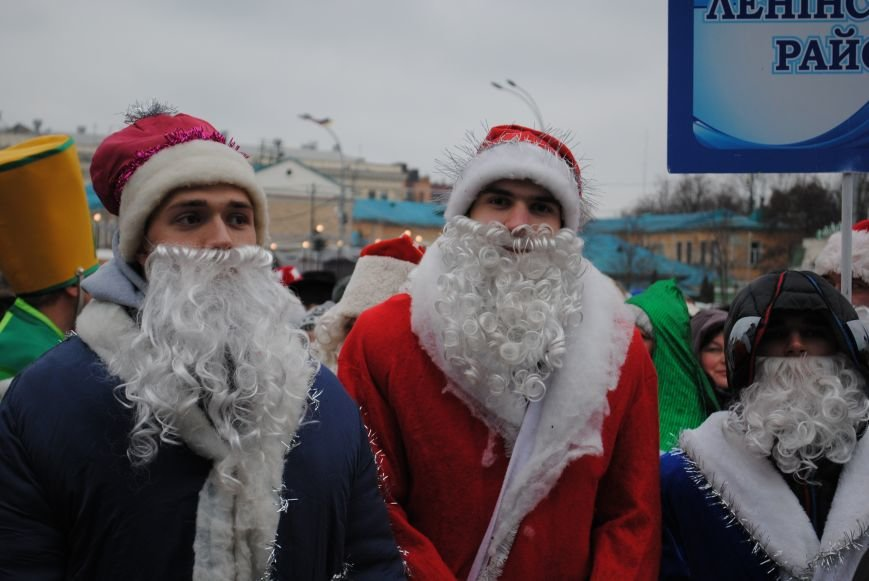 По харьковским улицам прошли полтысячи Дедов Морозов (ФОТО+ВИДЕО), фото-21