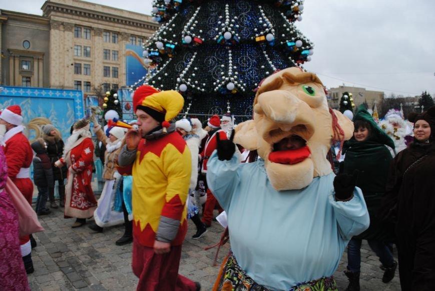 По харьковским улицам прошли полтысячи Дедов Морозов (ФОТО+ВИДЕО), фото-18