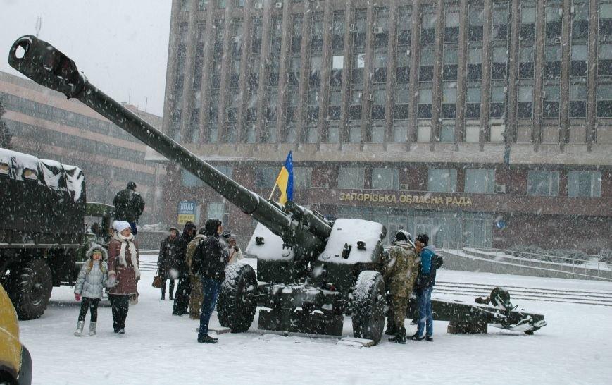 ФОТОРЕПОРТАЖ: В Запорожье артиллеристы показали военную технику, «воевавшую» в зоне АТО (ВИДЕО), фото-10