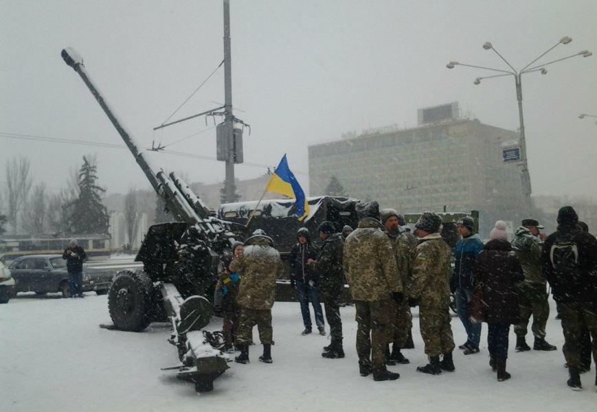ФОТОРЕПОРТАЖ: В Запорожье артиллеристы показали военную технику, «воевавшую» в зоне АТО (ВИДЕО), фото-16