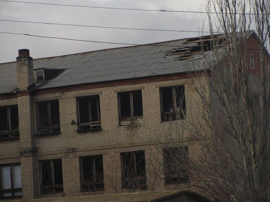 На передовую доставили первую партию гумпомощи от Правительства Украины. Села вблизи Мариуполя обошли стороной (ФОТО), фото-1