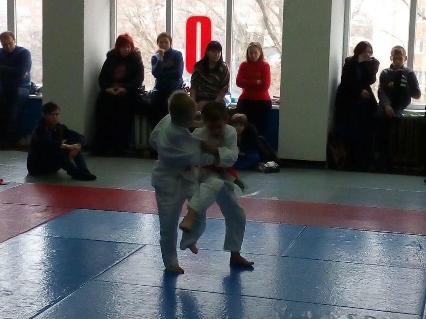 В Славянске состоялся Новогодний турнир по дзюдо среди детей (фото) - фото 3