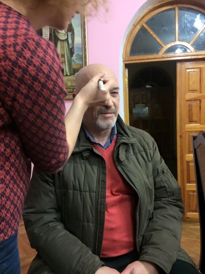 Порошенко записал новогоднее поздравление с киборгами и одесскими волонтерами (ФОТО) (фото) - фото 1
