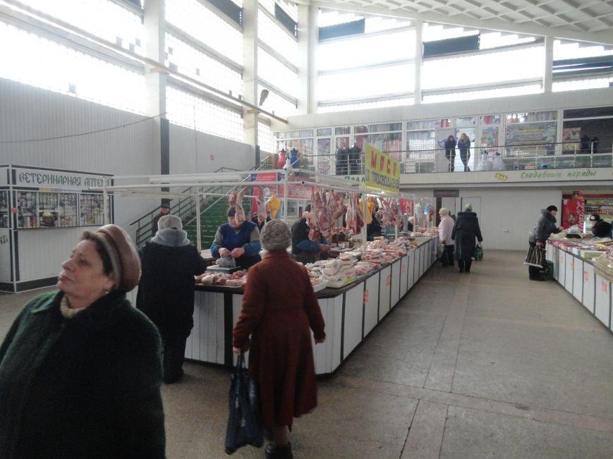 Отменен запрет с 1 января торговать на рынках в Мариуполе домашней мясо-молочной продукцией (ФОТО) (фото) - фото 1