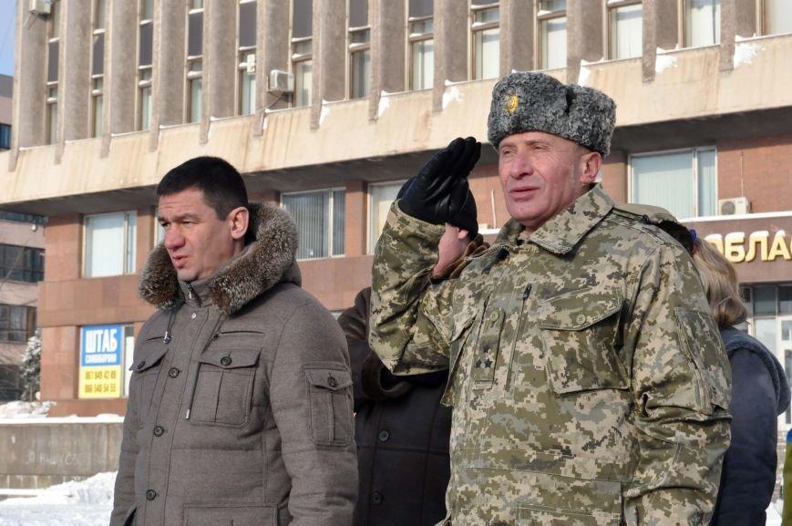 ФОТОРЕПОРТАЖ: В Запорожье из зоны АТО прибыл 37-й мотопехотный батальон, фото-7