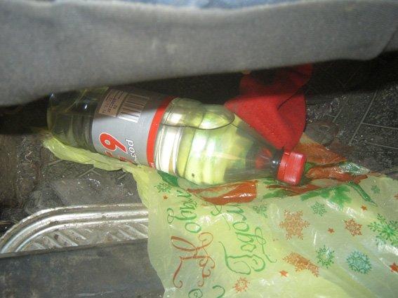 На Харьковщине задержали мужчину, который вез в машине наркотики (ФОТО) (фото) - фото 1