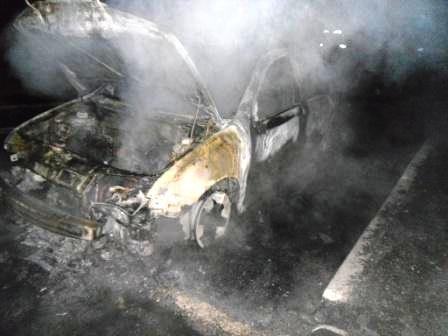 На левом берегу Днепродзержинска сгорел автомобиль, фото-2