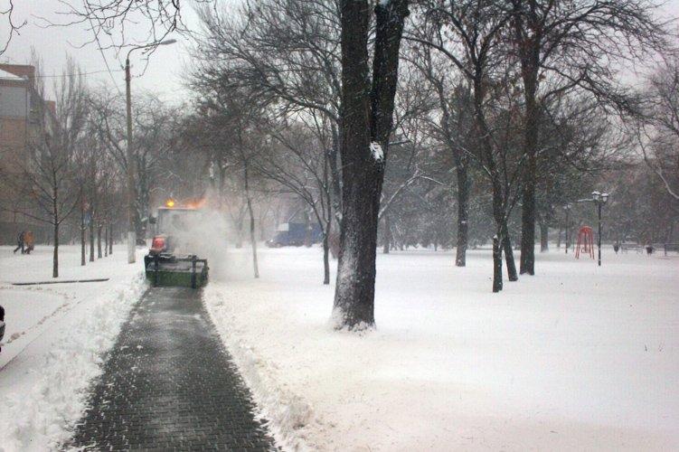 Николаев засыпало снегом (ФОТО) (фото) - фото 1