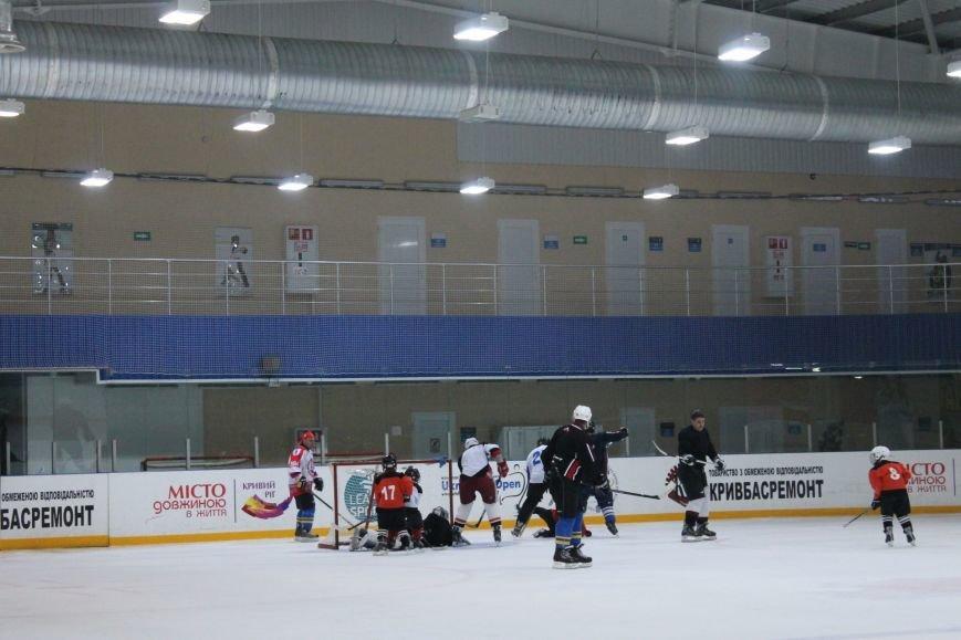 Семилетние криворожские хоккеисты уверенно переиграли команду отцов (ФОТО), фото-5