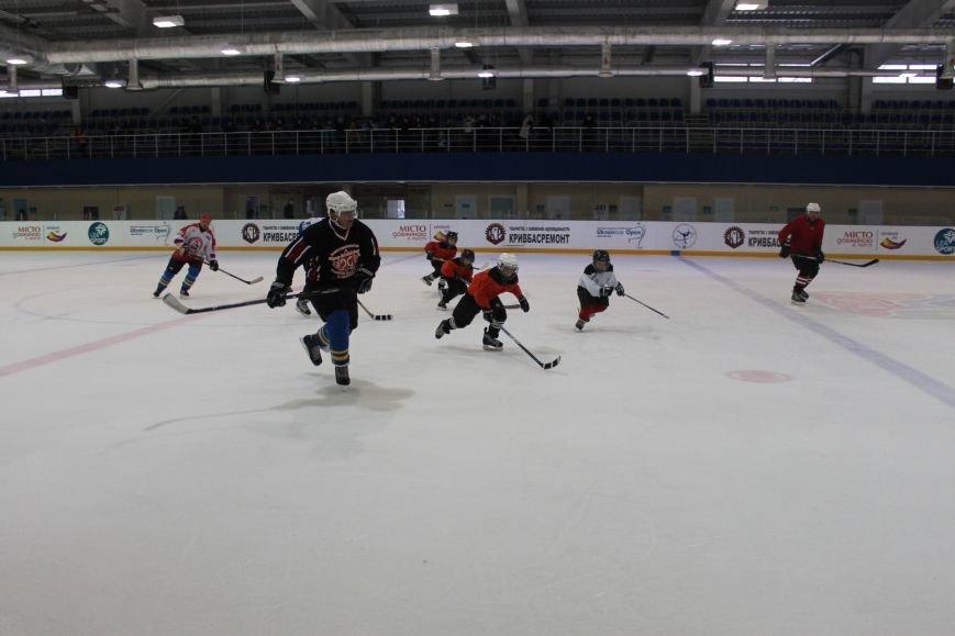 Семилетние криворожские хоккеисты уверенно переиграли команду отцов (ФОТО), фото-4