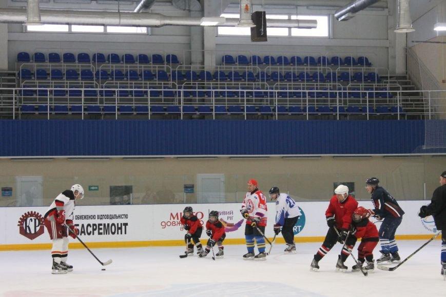 Семилетние криворожские хоккеисты уверенно переиграли команду отцов (ФОТО), фото-8