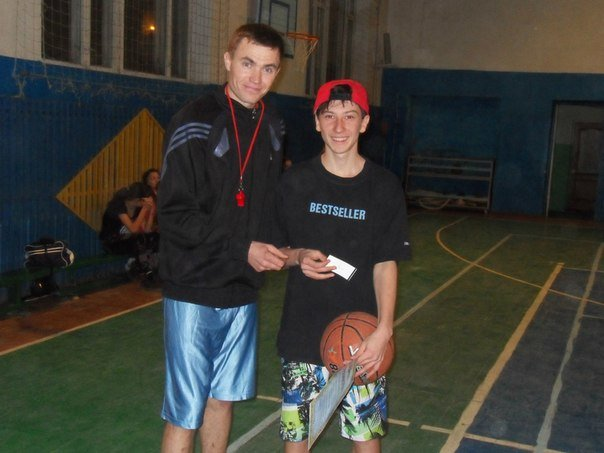 В Артемовске прошел новогодний турнир по баскетболу для школьников, фото-4
