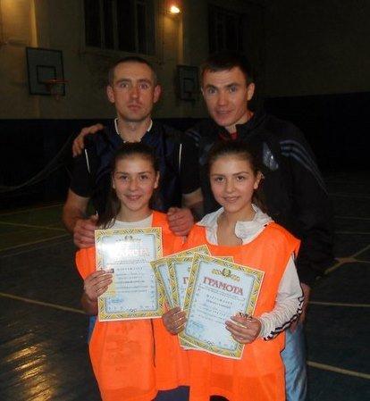 В Артемовске прошел новогодний турнир по баскетболу для школьников, фото-3