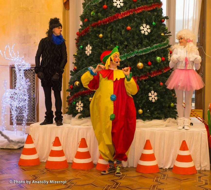 Рівненський драматичний театр запрошує на дитячі святкові дійства, фото-1