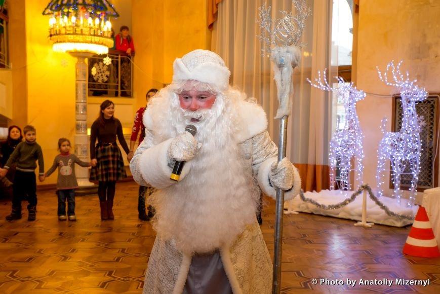 Рівненський драматичний театр запрошує на дитячі святкові дійства, фото-2