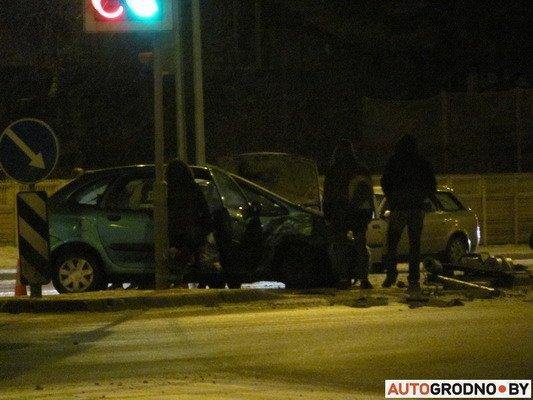 В Гродно столкнулось два «Ситроена»: одна из машин загорелась (Фото), фото-2
