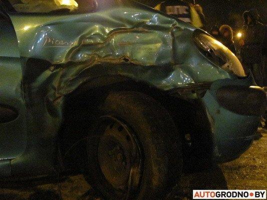 В Гродно столкнулось два «Ситроена»: одна из машин загорелась (Фото), фото-9