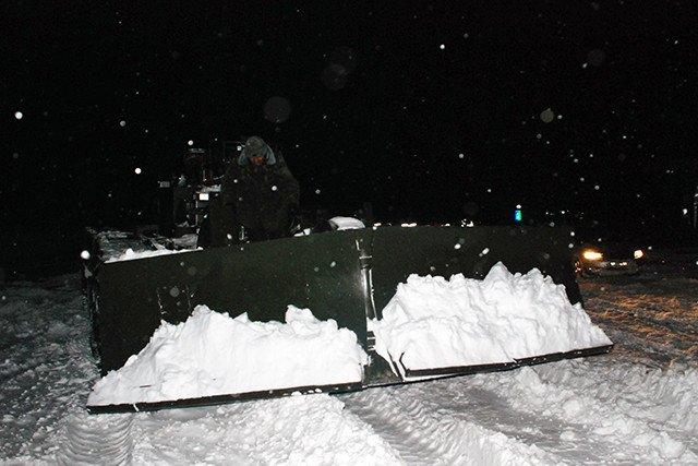 На дороги Николаева вышли танки (ФОТО) (фото) - фото 1