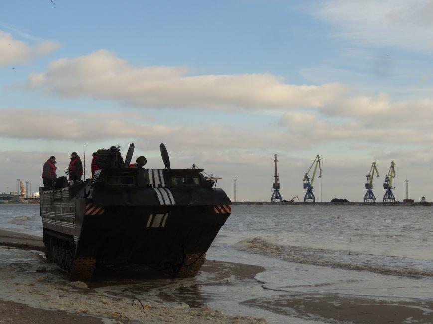 Саперы ВСУ провели минирование подходов к мариупольскому порту (ФОТО+ВИДЕО) (фото) - фото 1