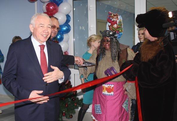 Дедушку Мороза пригласили на открытие нового детского сада в Домодедово (фото) - фото 3